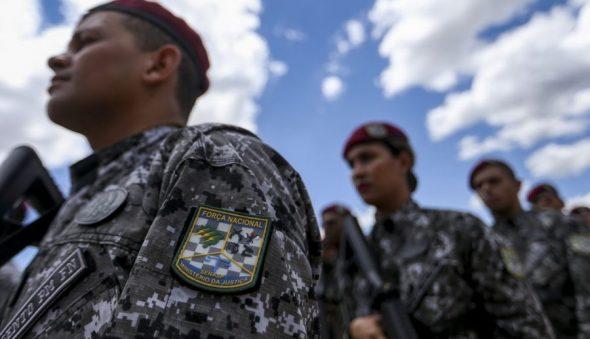 Exército vai reforçar segurança no Ceará a pedido de Camilo Santana