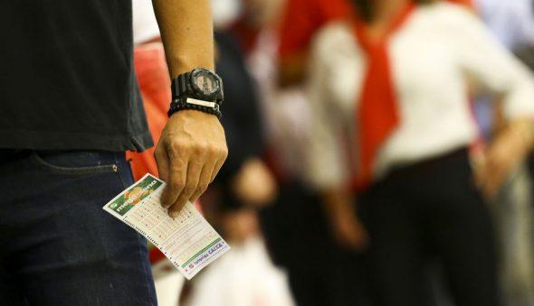 Mega-Sena sorteia neste sábado prêmio acumulado de R$ 190 milhões