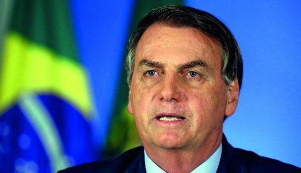 """Em pronunciamento, Bolsonaro cita OMS e diz que """"devemos evitar destruição de empregos"""""""