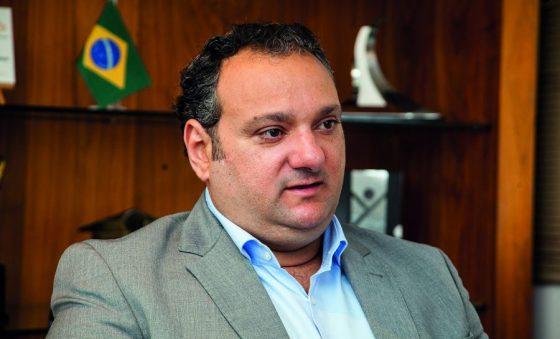 Sinduscon busca alternativas para retomar atividades do setor