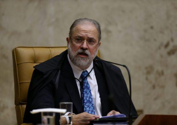 Aras militariza Ministério Público e abre canais com os órgãos de informações