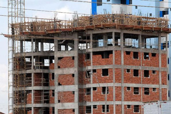 Custo da construção tem alta de 0,49% em julho, diz IBGE